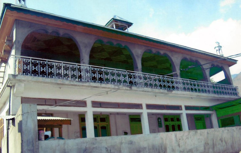 Mosque and Education Center in Ayoon, Chitral